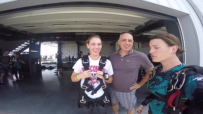 1214 Meredith Polizzi Skydive at Chicagoland Skydiving Center 20170917 jo Jo
