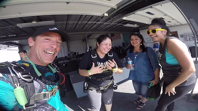 1522 Rocio Alfan Skydive at Chicagoland Skydiving Center 20170924 Brad Brad