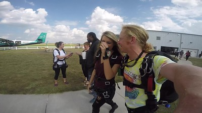 1634 Katelyn G Skydive at Chicagoland Skydiving Center 20170928 Klash Klash