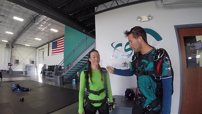 1641 Heather Huisenga Skydive at Chicagoland Skydiving Center 20170927 Cody Amy