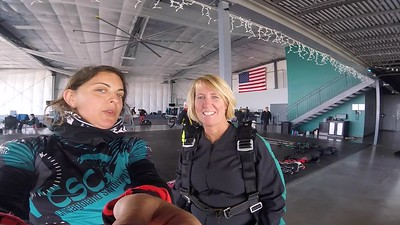 1354  Molly Hetzler  Skydive at Chicagoland Skydiving Center 20180422 Amy Amy