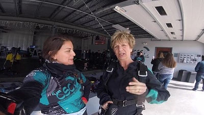 1633 Susan J Hall  Skydive at Chicagoland Skydiving Center 20180422 Amy Amy