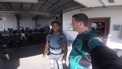 1827 Swaminathan Rajendran  Skydive at Chicagoland Skydiving Center 20180526 Tim Tim