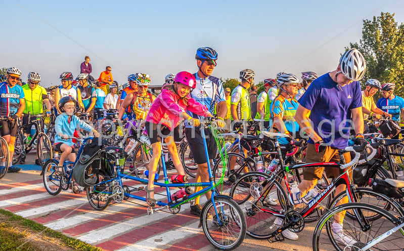 Ragbrai 2014 - Leaving Rock Valley, Iowa, in early morning - D1-C2-0611 - 72 ppi-2