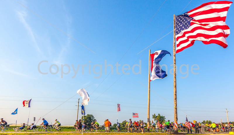 Ragbrai 2014 - Leaving Rock Valley, Iowa, in early morning - D1-C2-0642 - 72 ppi