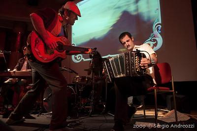 Red Milonga: Miguel Di Genova and Omar Massa duetting