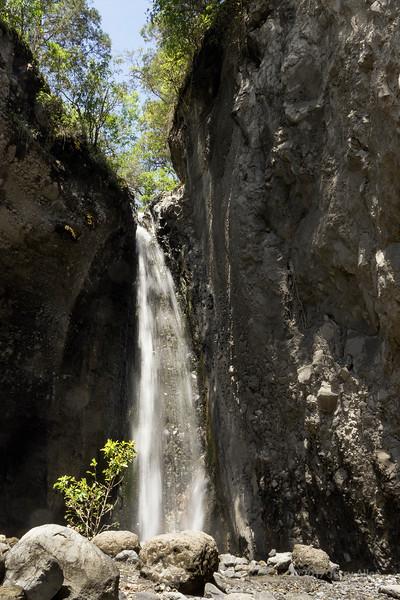 Maio Falls, Jekukumia River, long shutter speed, vertical, Arusha National Park, Tanzania