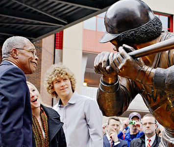 Rod Carew with his daughter and son react to his statue unveiling