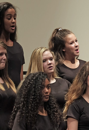 Taryn Choir Nov 2016