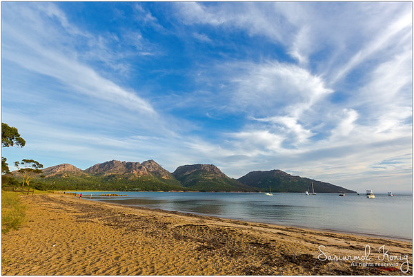 Evening view of the Freycinet National Park Beach - Coles Bay