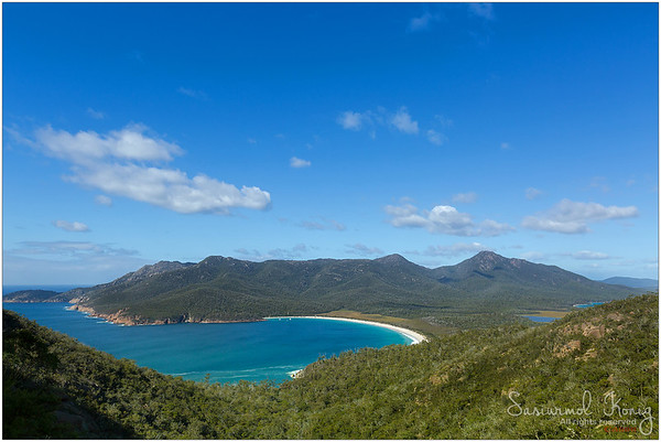 Turquoise waters of Wineglass Bay.. great view up here