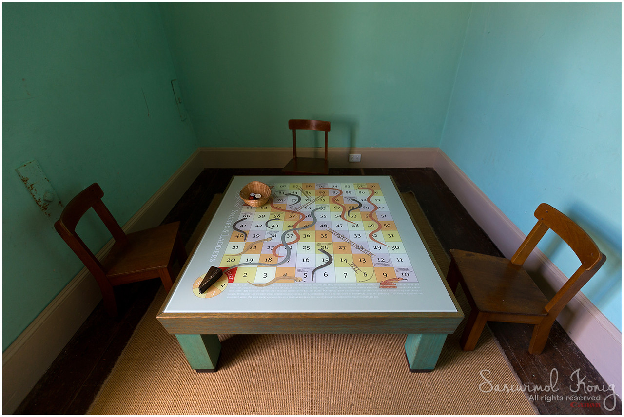 Children's Bedroom - A game of snakes and ladders.