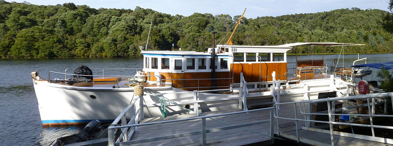 The Arcadia II awaiting its passengers