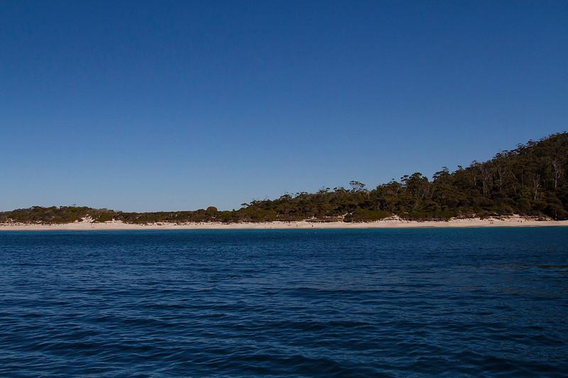 wineglass bay cruise tasmania