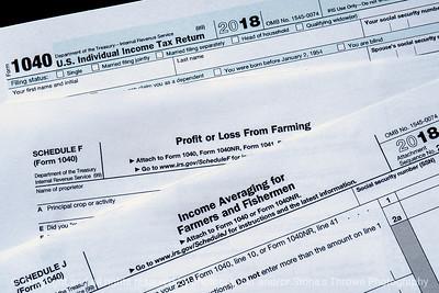 015-tax_forms-studio-18oct18-12x08-008-350-3771