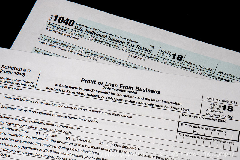 015-tax_forms-studio-07nov18-12x08-008-350-3846
