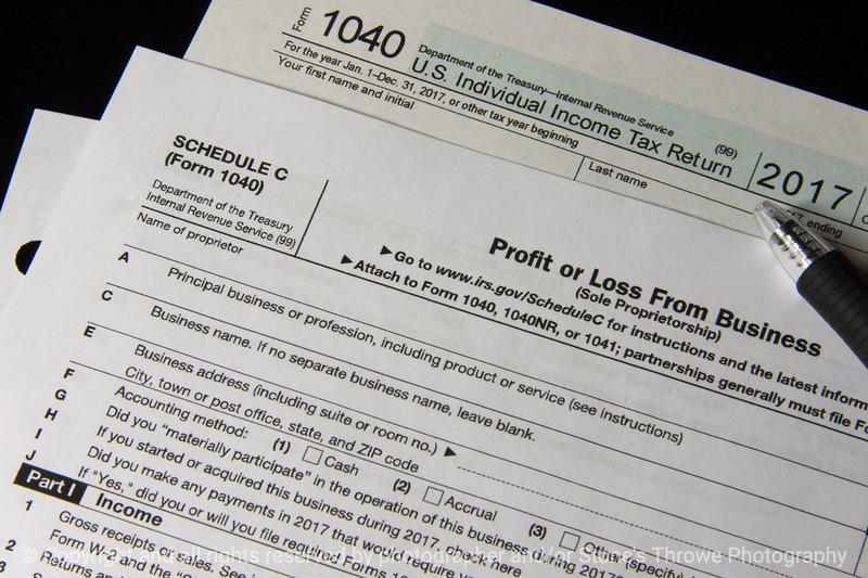 015-tax_forms-wdsm-07jan18-12x08-007-3438