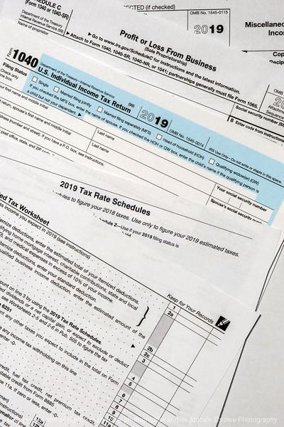 015-tax_forms-studio-24aug19-08x12-008-400-4020