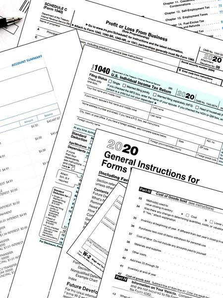 015-tax_forms-studio-22aug20-09x12-209-400-5555