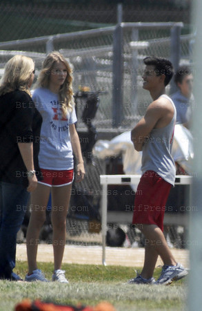 "Taylor Swift and Taylor Lautner on the set of ""Valentine's Day"" in Los Angeles, California.(Photo by Michel Boutefeu)"