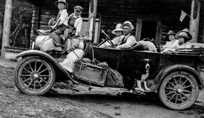 1919-Hazard family in car#2 copy