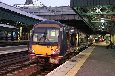 170455 brings up the rear of the 0630 from Queen St.  No free coffee - bah....