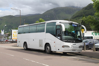 Edinburgh Coach Lines IIG1636 at Fort William on the Citylink 913