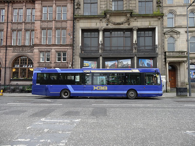 69408 at St Andrew Square - diverted due to a road closure at Regent Road