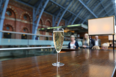 Champagne Bar St Pancras....