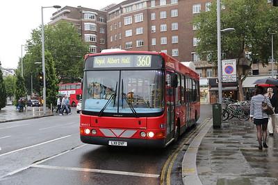WHY11 at South Kensington station