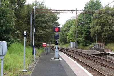 Shunt signal at Neilston