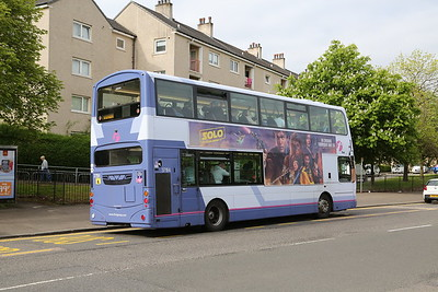 37184 with the Star Wars double T advert on Alexandra Parade