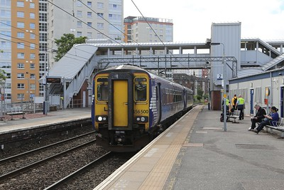 156500 is 1Y26 Oban - Glasgow Queen St via Cadder Down Passenger Loop seen here at Dalmuir