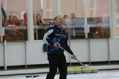 Lee McCleary has a laugh after playing a yellow stone by mistake!