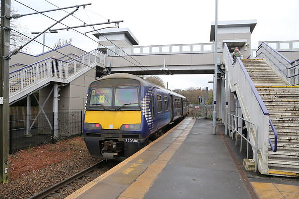 320308 departs Hyndland after the spin from Springburn