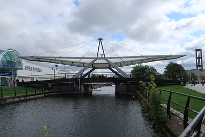Clydebank - presumably this lifts?