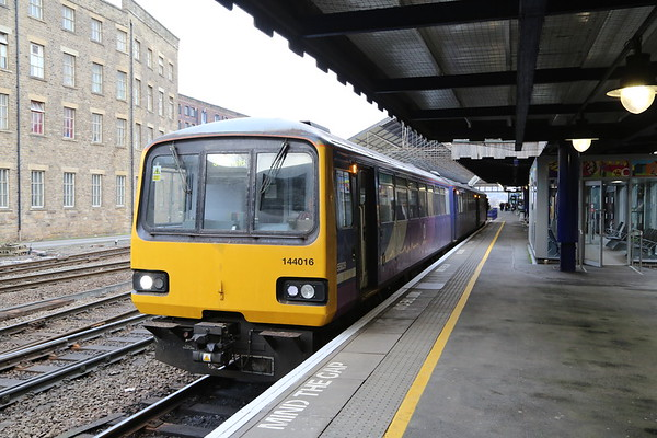 144016 at Huddersfield