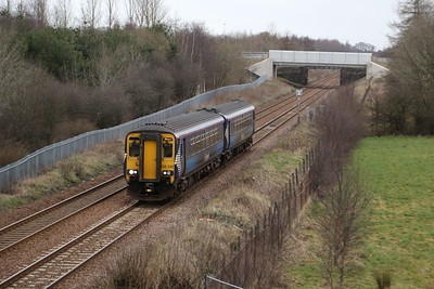 156510 approaches West Calder.  Had I looked at RTT I would have realised the Fife Circle ECS was due.