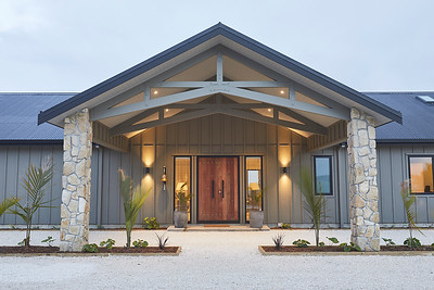 Te Arai Lodge - Grand Entrance - image Matt  QuereeQueree