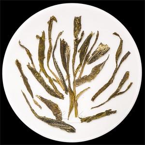 Tchaj pching Chou Kchuej - Opičí král. Infused green tea leav