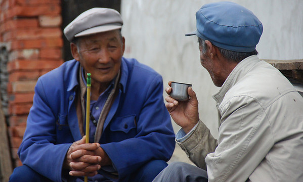 Chinese men drinking tea in Dali