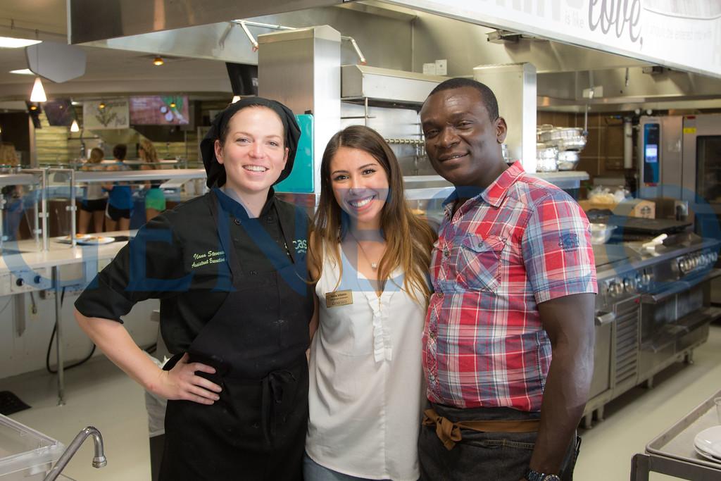 Fall 2017 Credo Kitchen Frank Vafier Ambassador in Leadership Sofia Villalon student ambassador project guest chef CAS KW