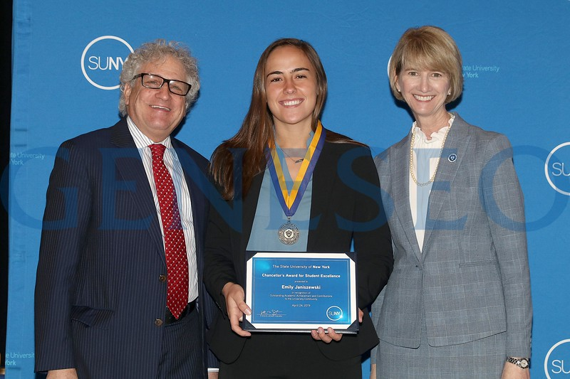 2019 Chancellor's Award for Student Excellence Emily Janiszewski
