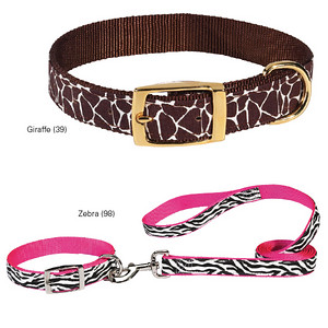 Wild Side Animal Print Dog Collar Style: Giraffe & Zebra Print  Item Number # US6682  These stylish nylon collars for dogs feature fashionable giraffe or zebra print patterns. Adjustable collars come with coordinating gold or sliver hardware.  •Fashionable animal print canvas ribbon sewn onto durable nylon •Coordinating metal hardware completes the look; Giraffe has gold-finish hardware, Zebra has silver-finish hardware   •Collars coordinate with our Wild Side Leads