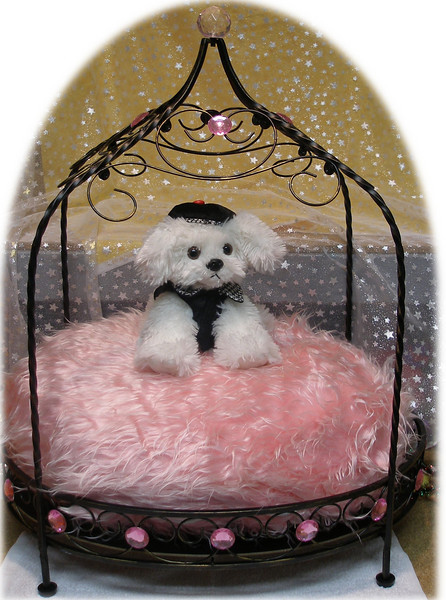 SOLD OUT Teacup Princess Bed
