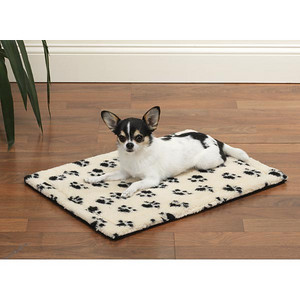 Travel Pad Option # 5 Discription: Paw Print Travel Mat Item Number: # ZA 205 ----------------------------- Our Slumber Pet™ Pawprint Crate Mats reverse from cozy berber to soft plush for versatility and style. Special thermal lining keeps mat cool in summer and warm in winter for year-round comfort. ------------------------------------------------- Go back to puppy starter package option # 1 Click Here >   http://www.teacupandtoypetsboutique.com/Free_Dog_Travel_Pad.php