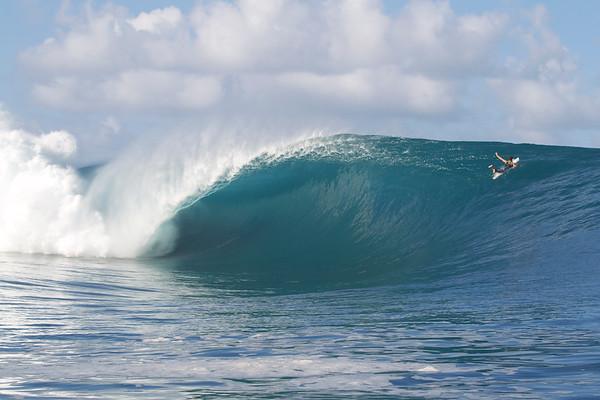 Teahupoo Tahiti May 15th disk one MIKE@AZHIAZIAM.COM