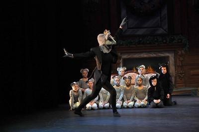 Rat Queen Dance