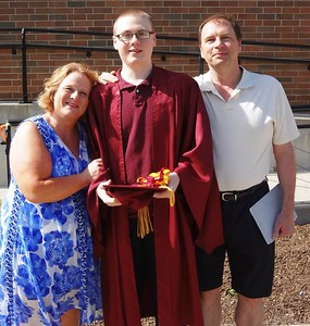 2014-Tim graduations with D & S