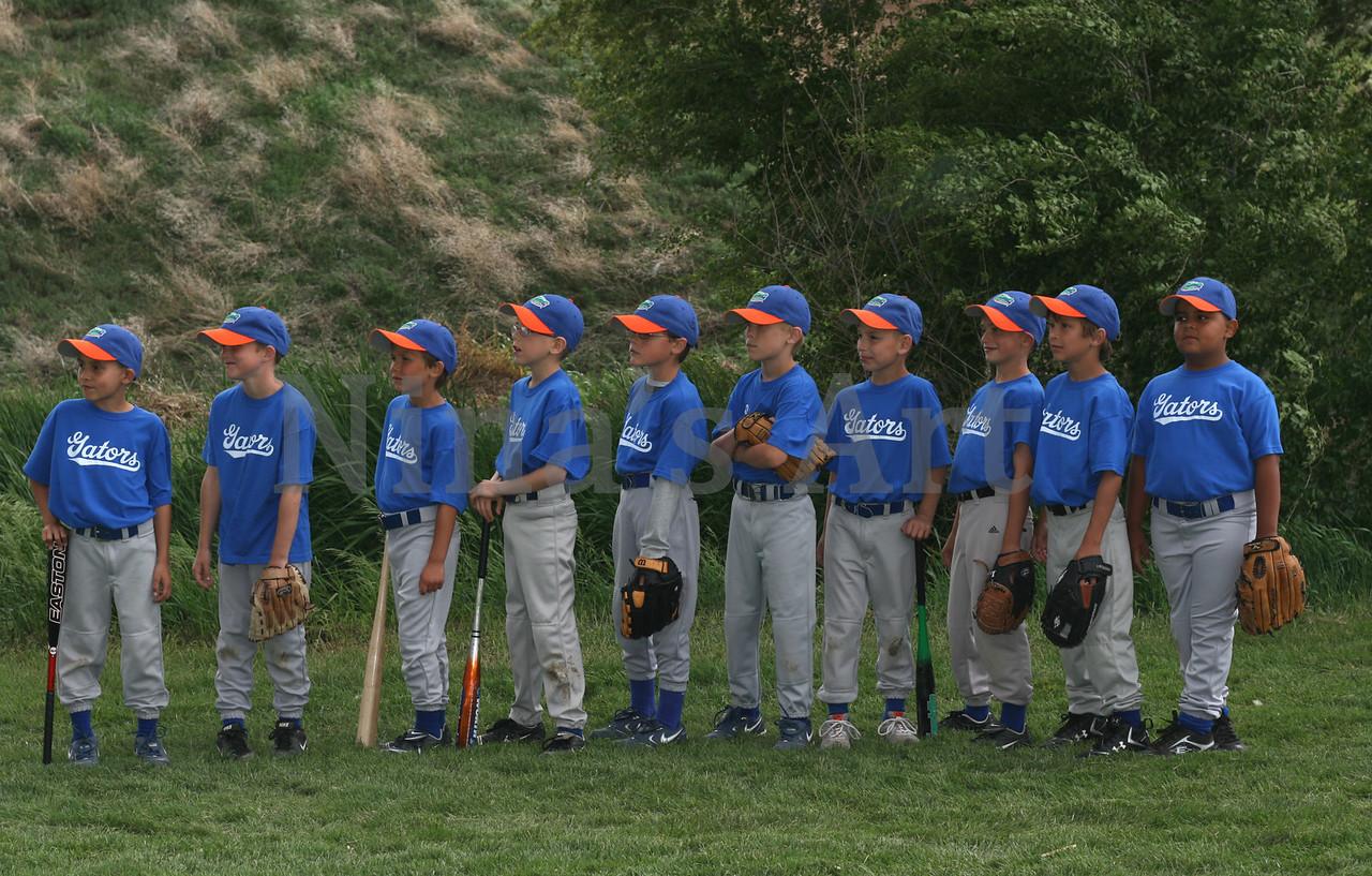 team looking away